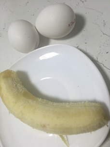 Банановые оладьи без муки и без сахара